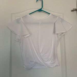 White twist t-shirt with flowy sleeves